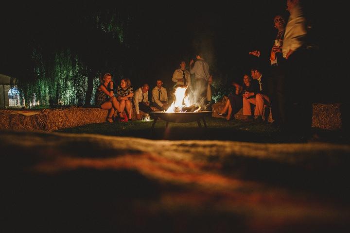 52 Laid Back Garden Wedding By Nicki Feltham Photography