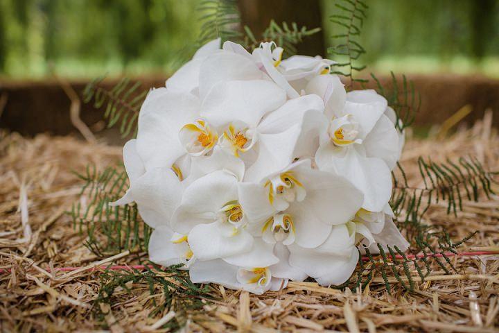 8 Laid Back Garden Wedding By Nicki Feltham Photography