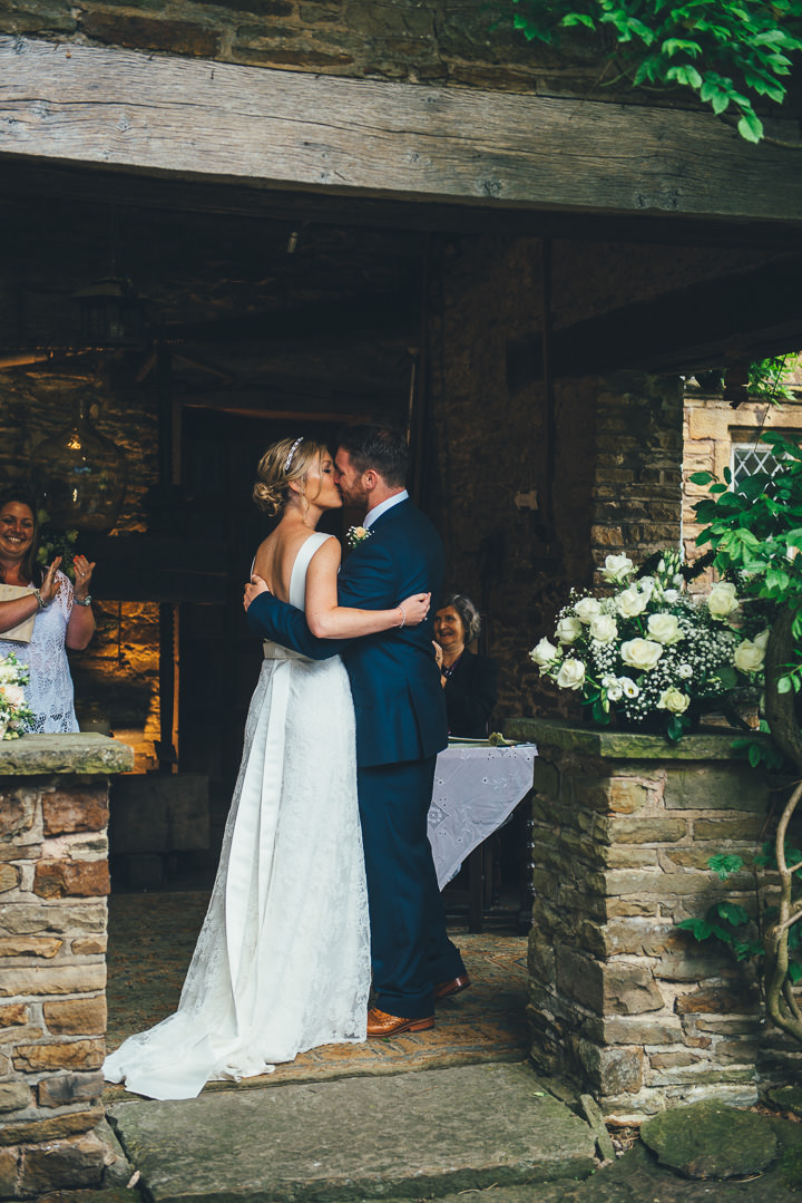 14 English Garden Weding in Sheffield With a Lux Vintage Touch By Nicola Thompson -