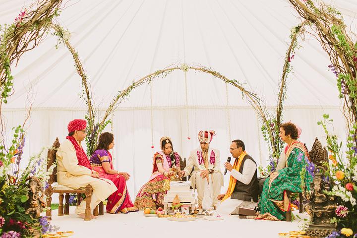 2 Hindu Wedding By Luke Hayden