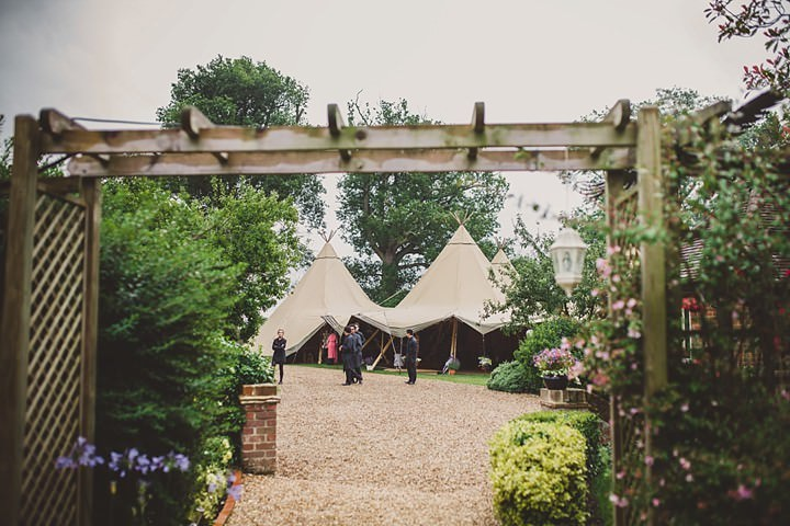 33 Tipi Garden Wedding By Lola Rose Photography