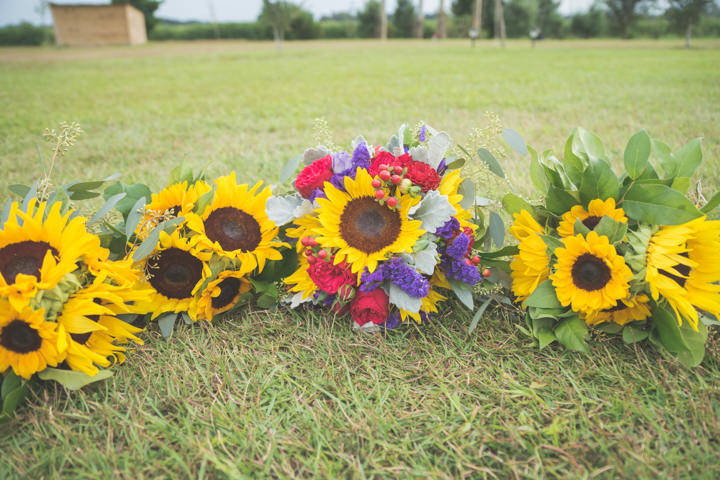 9 Sunflower Filled Rustic Barn Wedding. By Will Greene