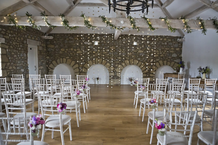 14 Yorkshire Wedding with Handmade Touches By Mark Tattersall