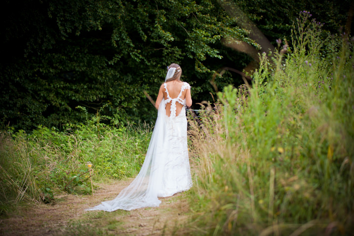 37 Woodland Tipi Wedding By Lucy Noble Photography