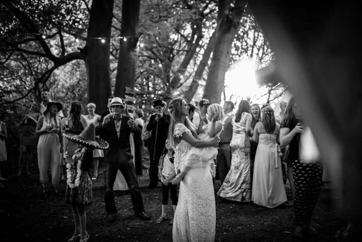 49 Woodland Tipi Wedding By Lucy Noble Photography