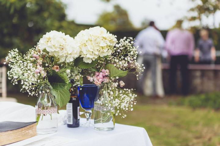 25 Barn Wedding By J and M Photography
