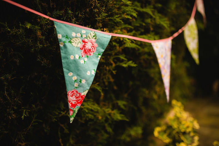29 Tipi Wedding By Kyle Hassall Photography