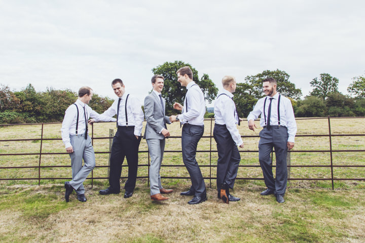 30 Barn Wedding By J and M Photography