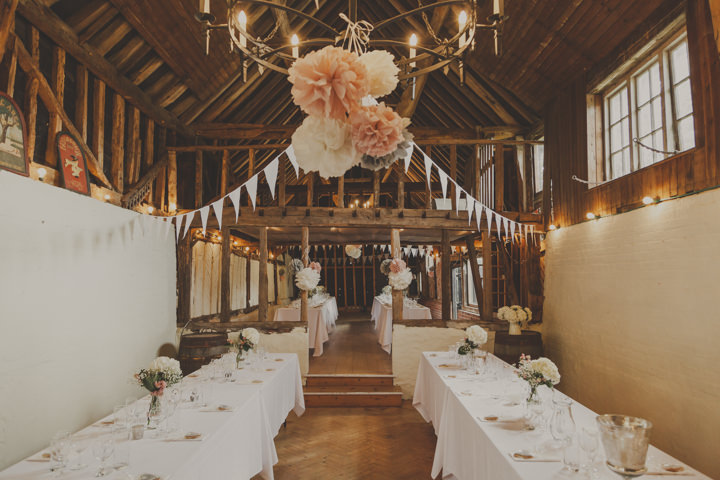 37 Barn Wedding By J and M Photography