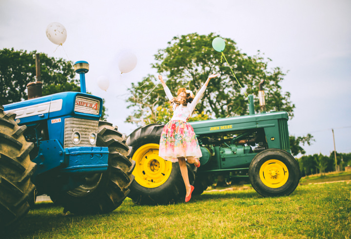 42 Vintage Loving Farm Wedding By Neverland Photography