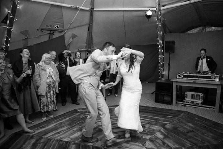 53 DIY Tipi Wedding By Feeling Groovy Photography
