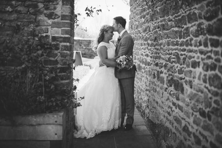 36 Rustic Barn Wedding By Binky Nixon Photography