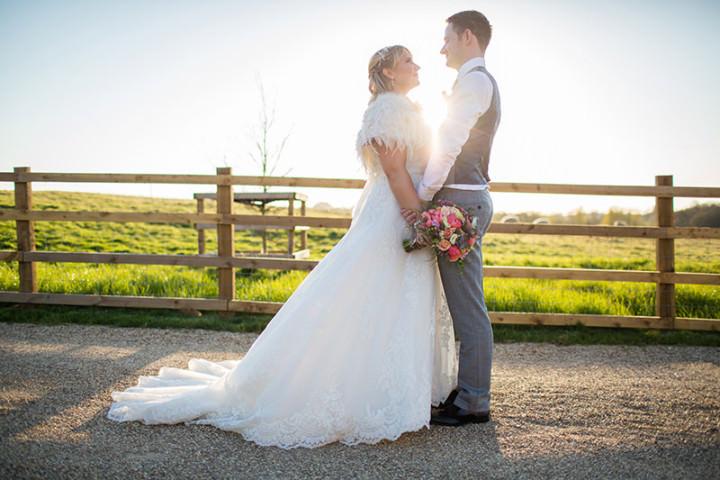 48 Rustic Barn Wedding By Binky Nixon Photography