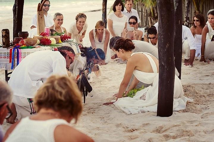 15 Bohemian Beach Wedding in Mexico. By Quetzal Photo