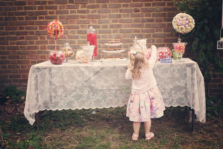 22 Backyard Wedding. By Benni Carol Photography.