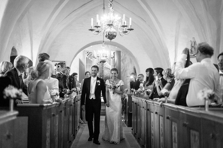 22 Barefoot, Swedish Wedding. By Loke Roos