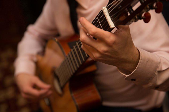 3 Ed Peczek - Wedding Guitarist