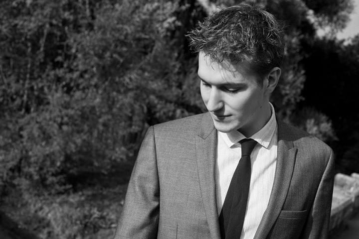 7 Ed Peczek - Wedding Guitarist