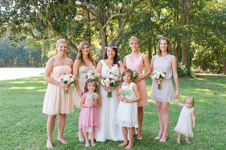 18 Pink and Gold Outdoor Wedding by Priscilla Thomas Photography