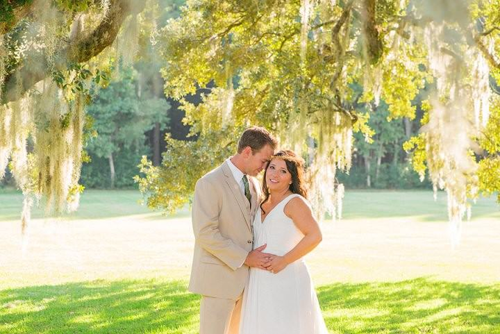 21 Pink and Gold Outdoor Wedding by Priscilla Thomas Photography