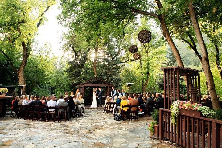 23 Mountain Wedding by Logan Walker Photography
