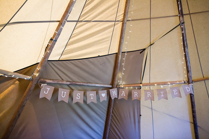 32 Relaxed Tipi Wedding by Binky Nixon Photography