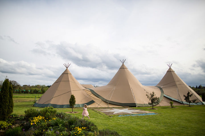 49 Relaxed Tipi Wedding by Binky Nixon Photography