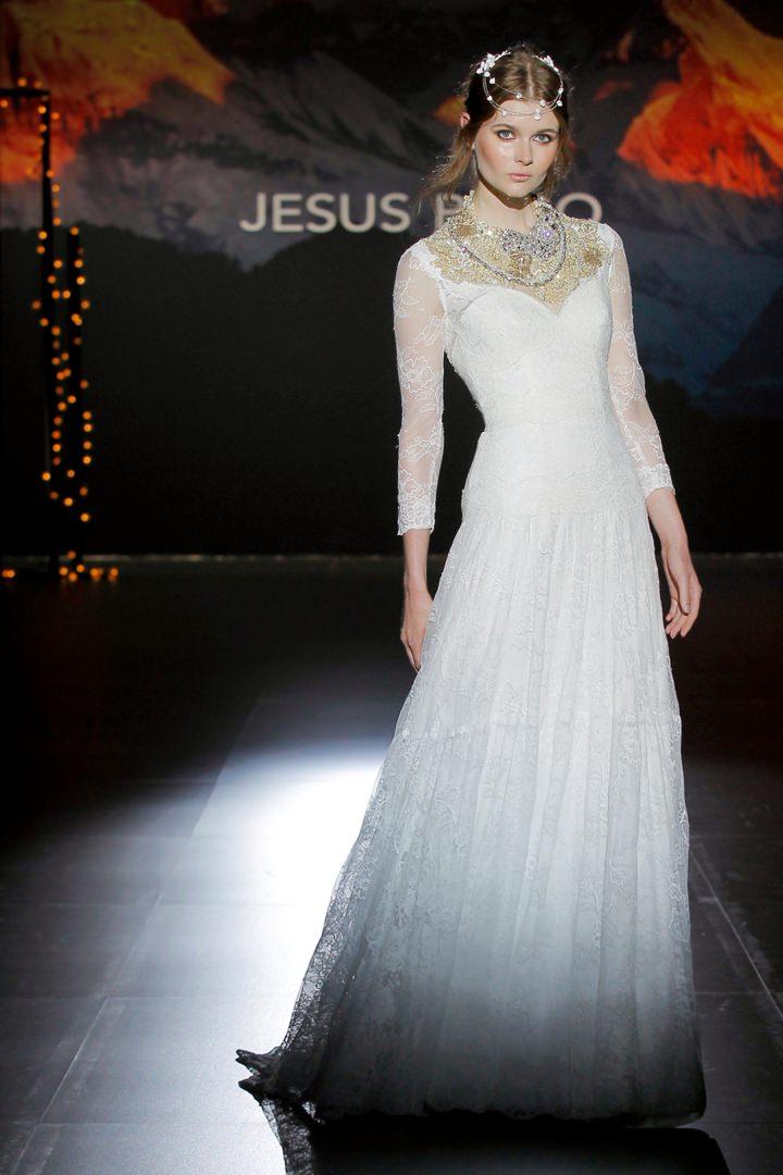 The 2016 Jesus Peiro collection Nanda Devi