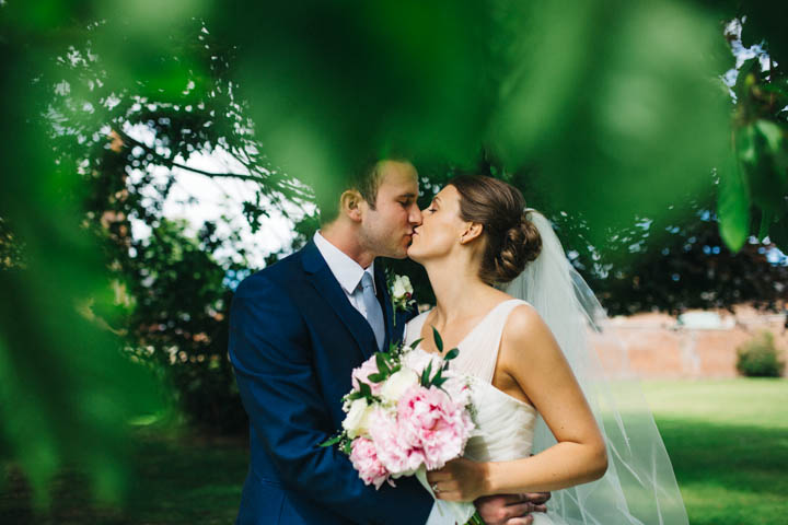 24 Kissing Booth Wedding by Rachel Ryan Photography