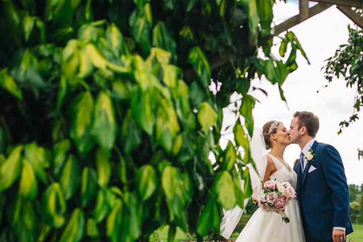 29 Kissing Booth Wedding by Rachel Ryan Photography