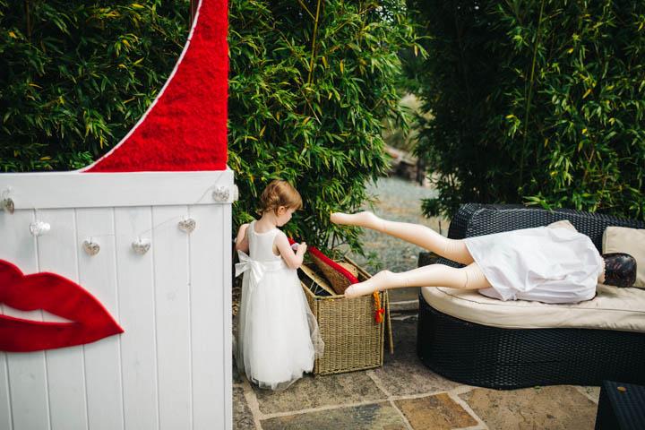 40 Kissing Booth Wedding by Rachel Ryan Photography