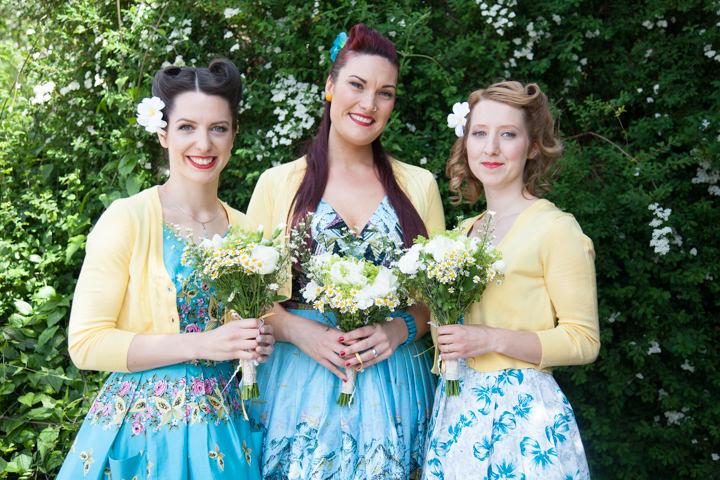 10 1950s Rockabilly Wedding With a Yellow Wedding Dress