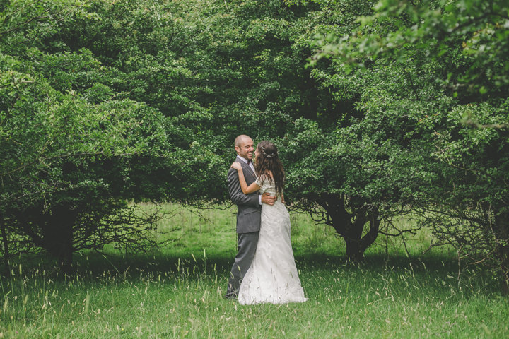 26 Tipi Wedding, by Ellie Grace Photography