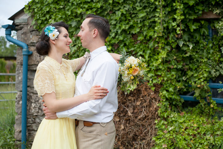 39 1950s Rockabilly Wedding With a Yellow Wedding Dress
