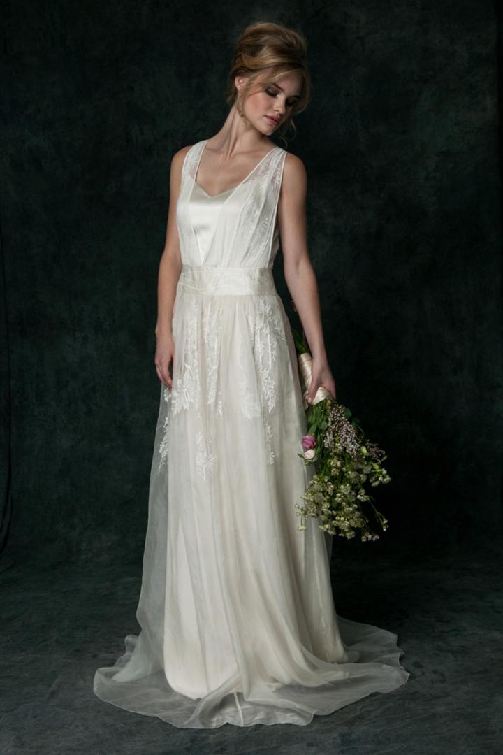 Bridal style saja wedding 2016 collection independent for Modern elegant wedding dresses