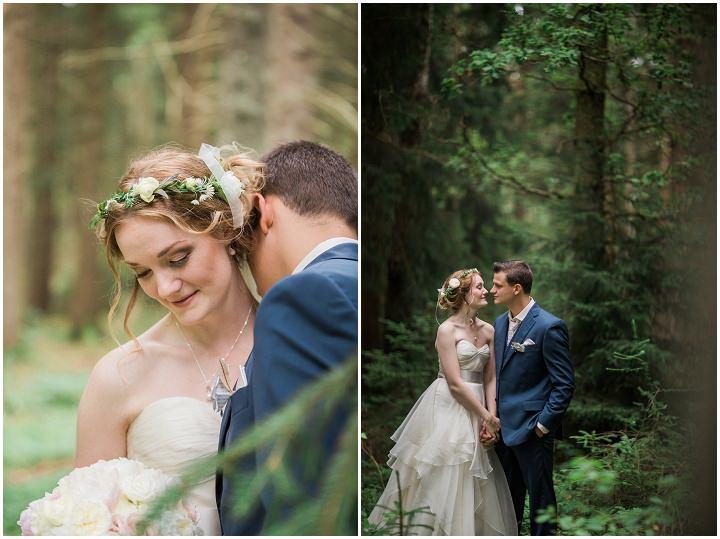 Outdoor Swedish Wedding bride and groom in Göteborg By Loke Roos Photography