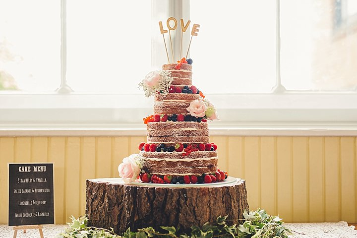 Guildhall Leicester Wedding with a naked wedding cake By Coates and Stain Photography