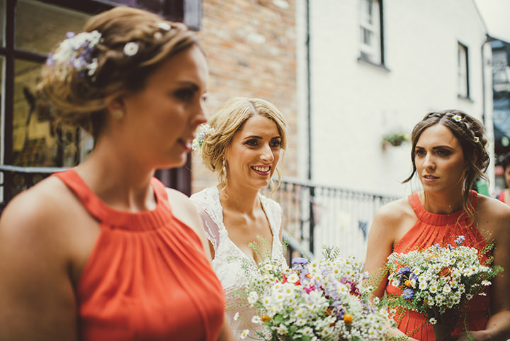 Handmade Wedding with bride and bridesmaids at The Thatched Cottage in Derry by Paula Gillespie
