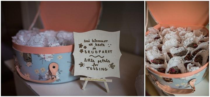 Outdoor Swedish Wedding confetti in Göteborg By Loke Roos Photography