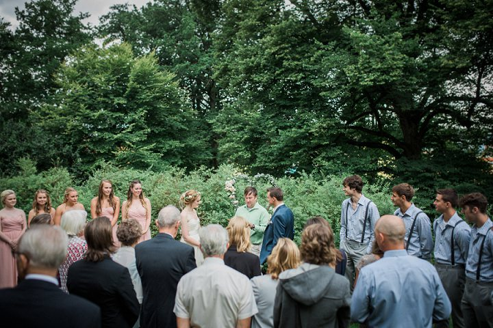 Outdoor Swedish Wedding ceremony in Göteborg By Loke Roos Photography