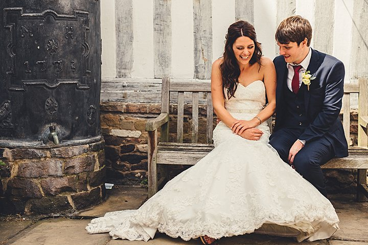 Guildhall Leicester Wedding, wedding couple By Coates and Stain Photography