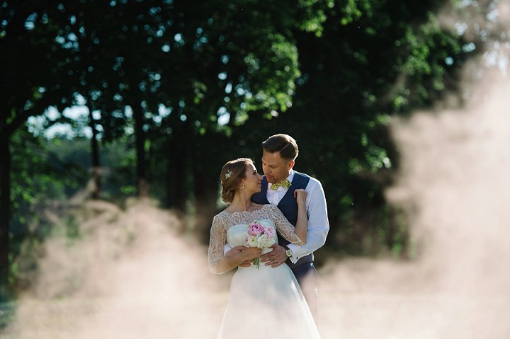 Modern Lithuanian couple kissing Wedding By Diana Zak Photography