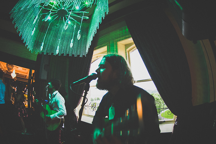 Handmade Wedding entertainment at The Thatched Cottage in Derry by Paula Gillespie