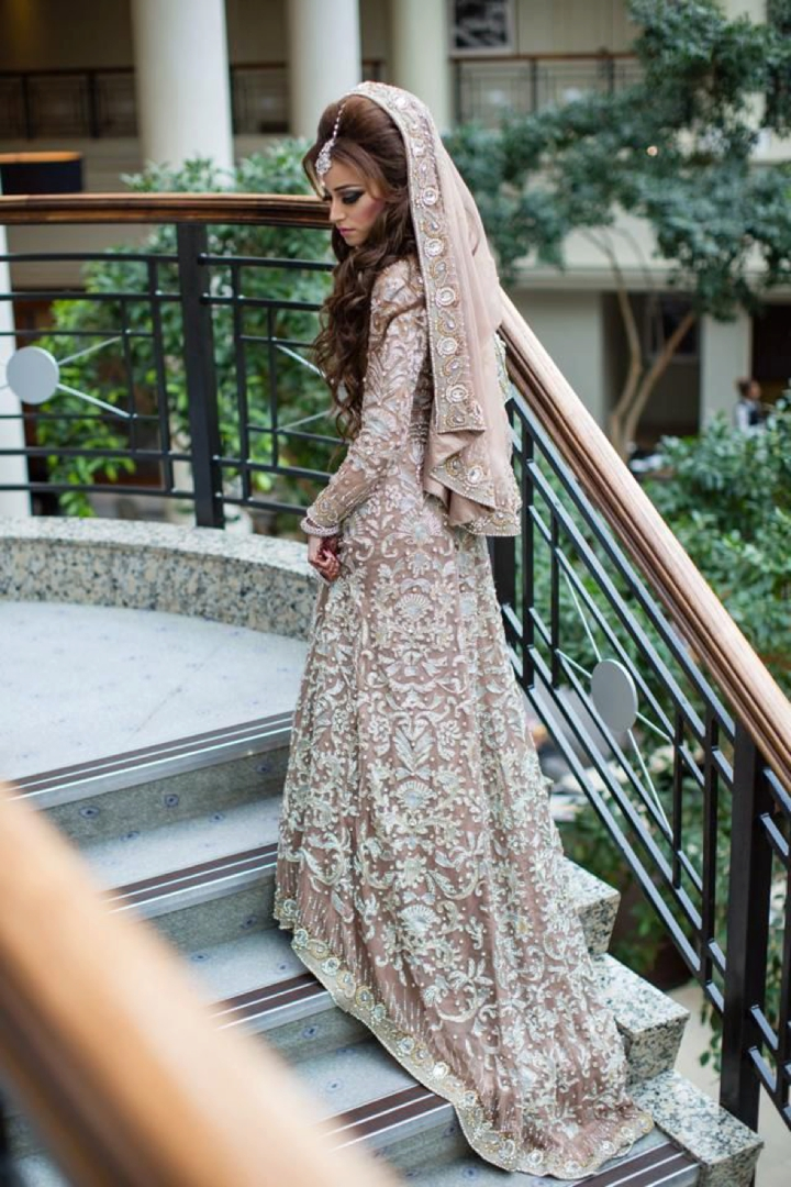 Boho Pins: Top 10 Pins of the Week from Pinterest - Wedding Dresses that Sparkle