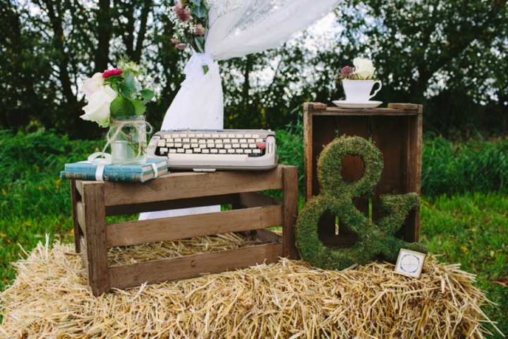 Romantic and Woodland Wedding Inspiration details