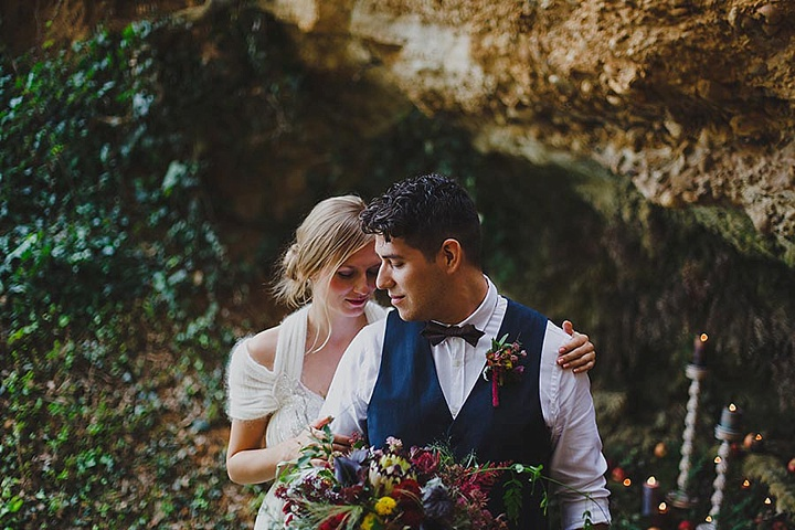 Spanish Bohemian Wedding Bride and groom Inspiration - Boho In Autumn