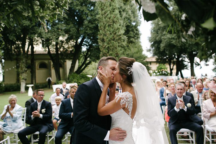 Tuscany first kiss Wedding By Helen Abraham Photography