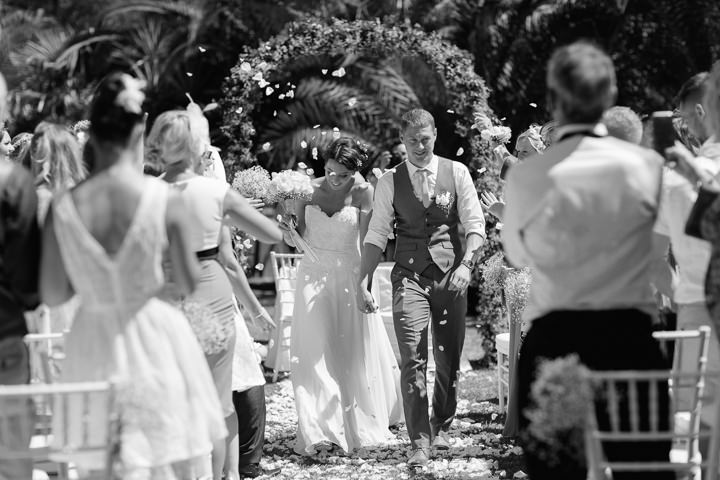 Portugal Wedding confetti in the Algarve By Matt and Lena Photography