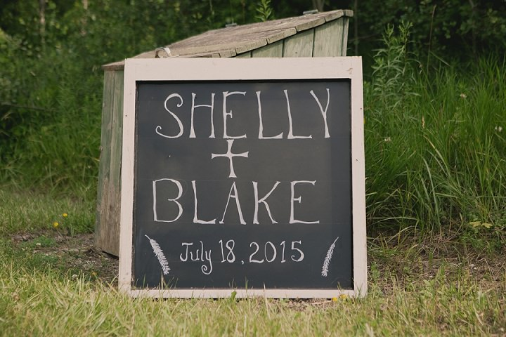 Bohemain Ontario Wedding signs By Sophia Lemon Photography
