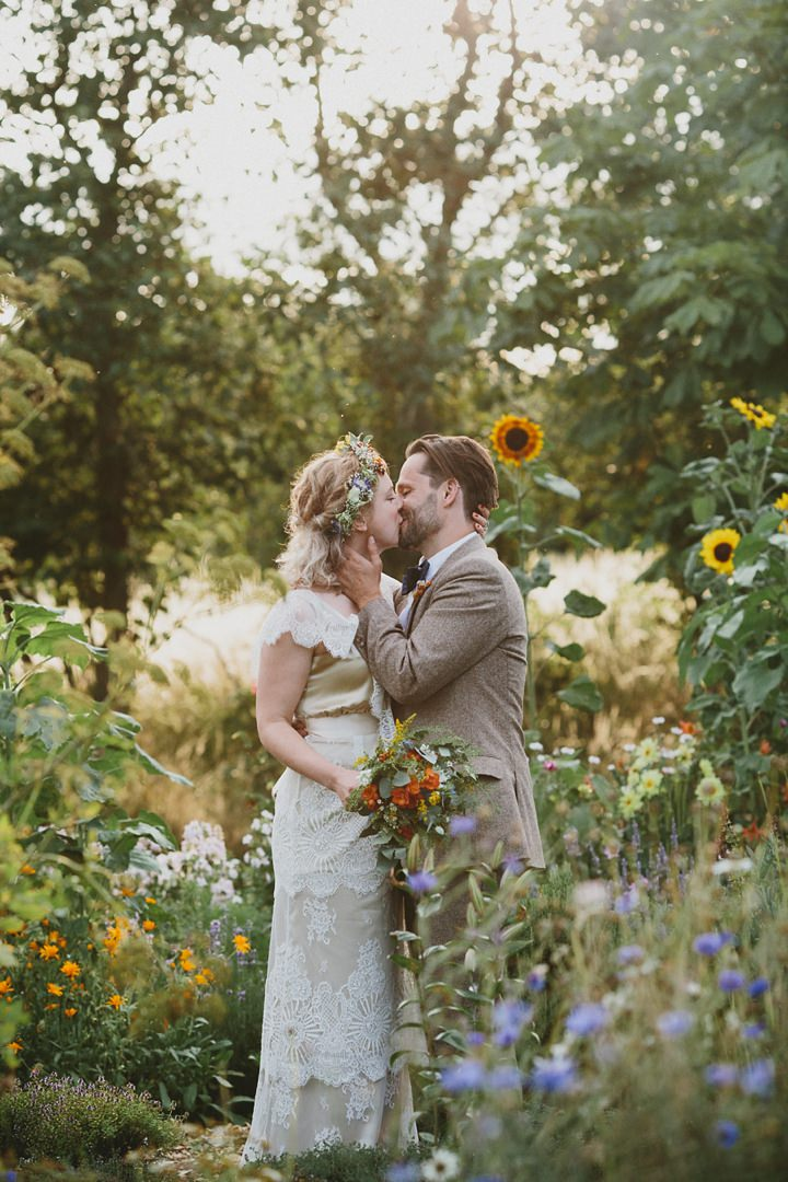 Woodland Couple Wedding at the Clophill Centre